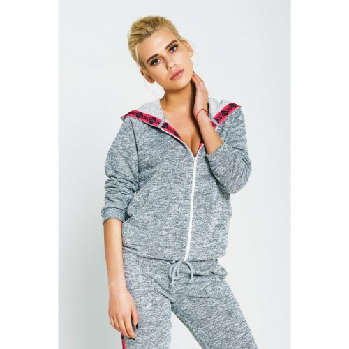SWEAT SUIT WITH SHAKER PATTERN